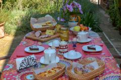 Il Punto Magico Bed And Breakfast Offagna Esterno Colazione